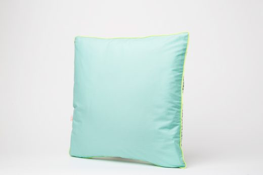 Blanc-Fluo-Coussin-Pineapple2