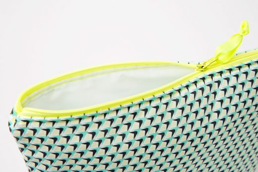 Blanc-Fluo-Trousse-Toilette-Pineapple2